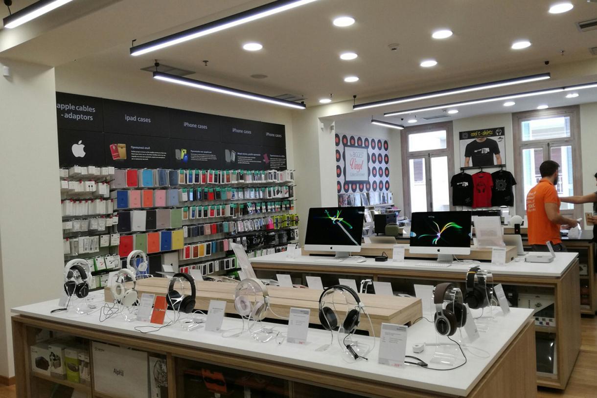 Public New Kolonaki Store - Gallery 6